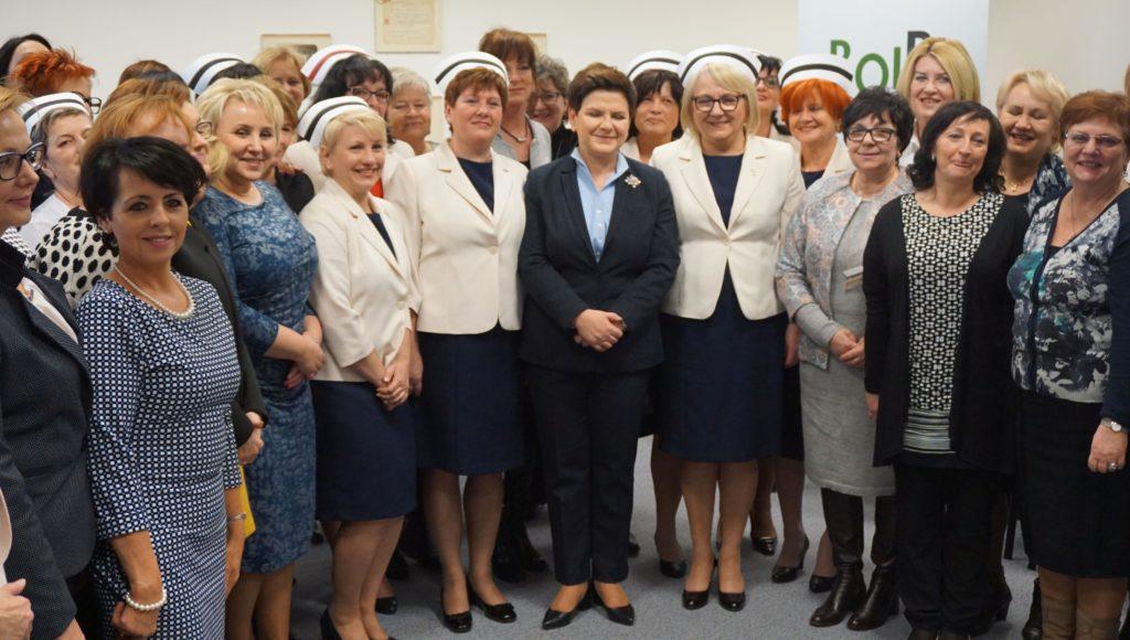 Premier Rządu spotkała się z pielęgniarkami